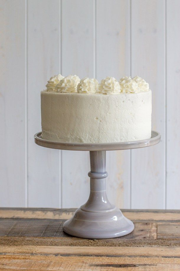 Champagne layer cake