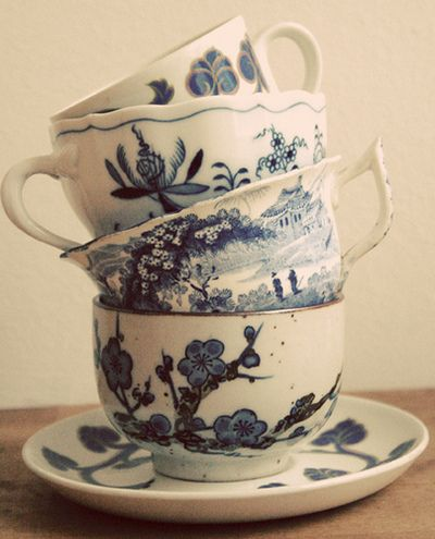 Cups or mugs are often painted like this... and I like the different patterns on these. S