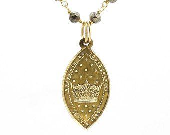 Vintage Religious Notre Dame de la Sarte Necklace - Crown Necklace - Catholic Necklace - Beaded Necklace - Religious Jewelry