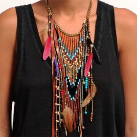 www.cewax.fr aime ce collier style ethnique tendance tribale chic  Very nice Indian style necklace