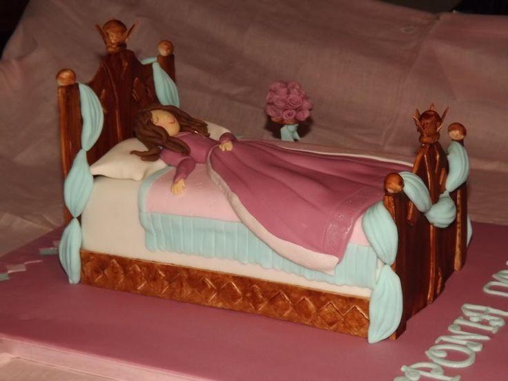 Sleeping Beauty! - Cake by SweetStreet