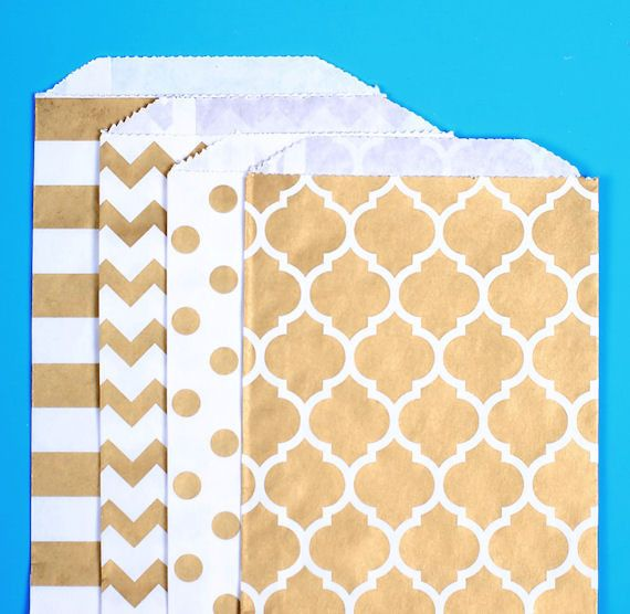 Gold goodie bags in stripe, polka dot, chevron and casablanca print are just the right size for candy buffet bags, wedding favors bags, small gift bags and part