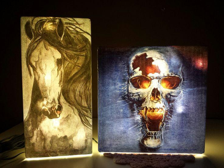 Lampor gjorda i glasbetong-block. Bilder på båda sidor är möjlig.