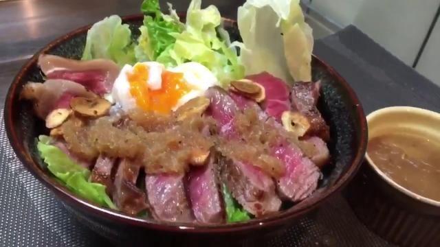 ステーキ丼の作り方(絶品玉ねぎソース)毎週金曜夜10時頃動画upします。