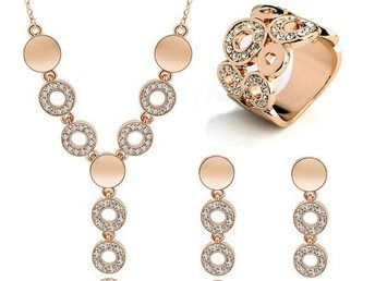 smyckeset örhängen halsband ring nytt modernt fint fräckt