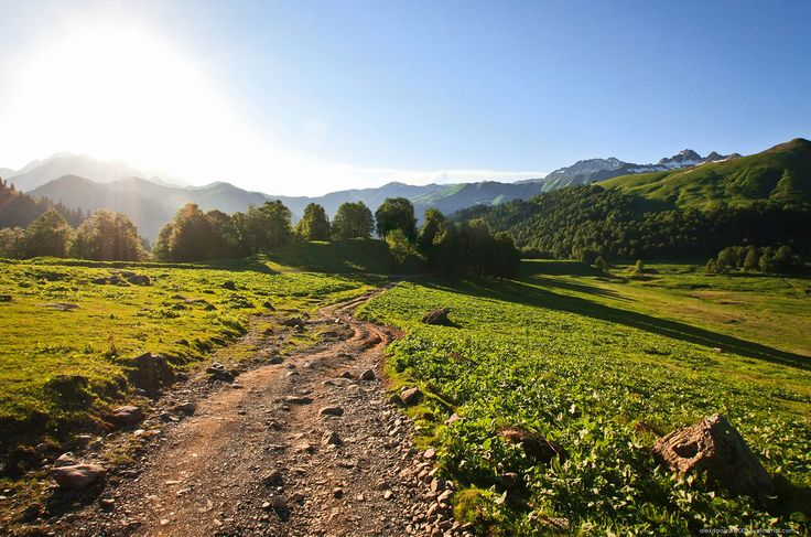 Абхазия, 2015. Избранное. Природные чудеса и заброшенные места - Народ, забывший своё прошлое, не имеет будущего