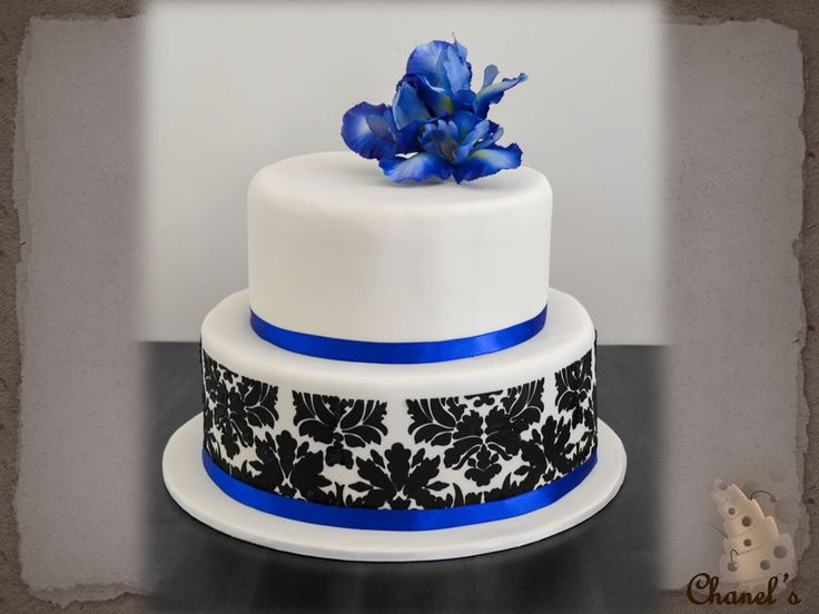 17 Best Ideas About Royal Blue Round Wedding Cakes On Pinterest