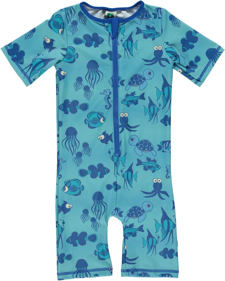 Småfolk UV-swimwear protects your child's skin with UPF50+.The UV factor is knitted into the fabric, so the protection stays after use in water. Available at Modern Rascals.