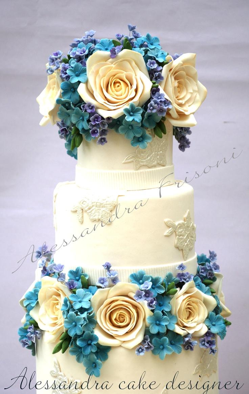 59 best   Royal Icing   images on Pinterest   Petit fours, Cake ...