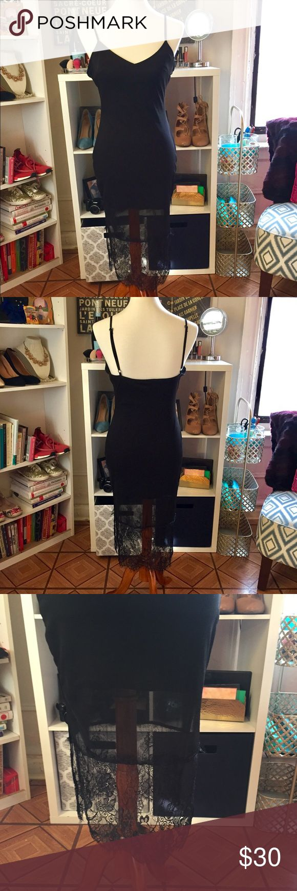 Black dress size 8 double pointed