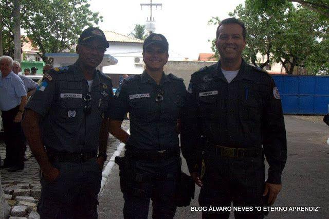 """BLOG ÁLVARO NEVES """"O ETERNO APRENDIZ"""" : POLICIAIS DO RJ RECEBEM SALÁRIOS E GRATIFICAÇÕES E..."""