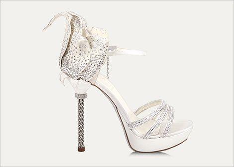 Check out the Swarovski Wedding Directory | crystals.swarovski.com/wedding