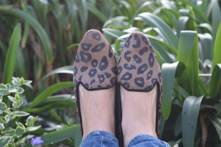 Pinterest Loafers Jaguar en piel de becerro. Encuéntralos en www.atifora.com, en Instagram o nuestra fan page de facebook https://m.facebook.com/Atifora-1391246281199484/ . Info WhatsApp celular:313-8701030. Bogotá- Colombia #ballerines, #balerinas #Flats, #womanshoes, #moda, #Fashion, #zapatosmujer, #trendy, #zapatos, #shoes, #cuero, #leather, #glam, #chic, #comfortable, #balletflats, #zapatosdecolombia, #madeincolombia, #footwear, #pieldebecerro, #loafers, #pelodebecerro#r,