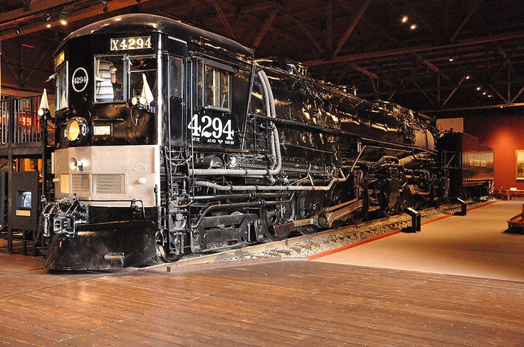4-8-8-2 Mallet Articululated Cab Forward  built by Baldwin for Southern Pacific.  Only one left - visit California State Railroad Museum
