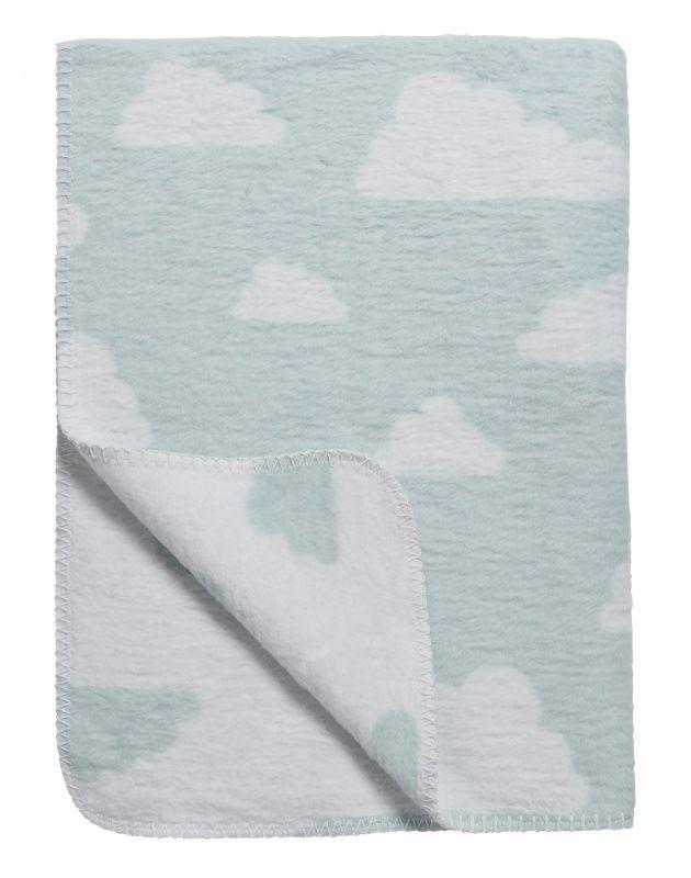 Wolken dekens met pastel kleuren. Deken Wolken Blauw - Wieg- of ledikantformaat   Meyco   Gras onder je voeten   ook in zacht roze, baby blauw en zacht grijs.