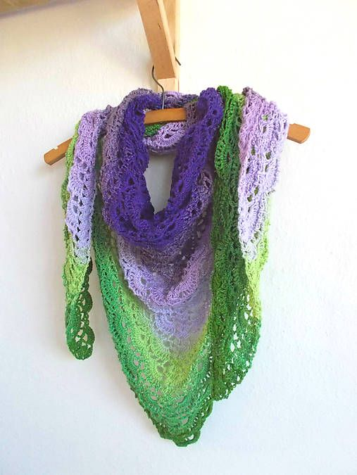 Dúhová fialovo-zelená háčkovaná šatka, croceht,rainbow, forest green, lime, levander, purple, dark purple, triangle shawl, scarf, multicolor,