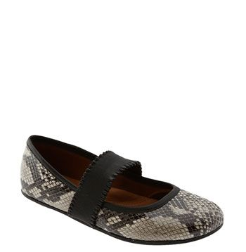 Gentle Souls 'Gabby' Flat $194 (1/2 off at Nord Rack) SO comfy and cute