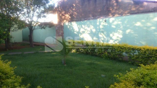 Rede 10 Imobiliárias Casa a venda Uberlândia no Segismundo Pereira, com 3 quartos, com suites, com 2 vagas Valor: R$ 240.000,00 - Código: 81197
