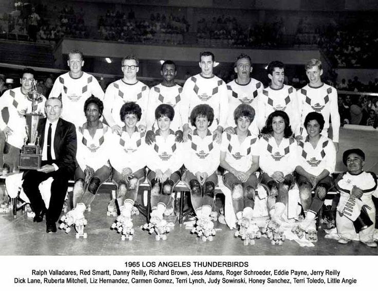 "Thunderbirds Roller Derby 1965 Team Photo ""I LOVE L.A"