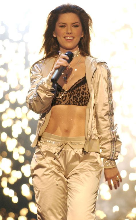 Abs for Days from Shania Twain's Sexiest Looks | Shania ...