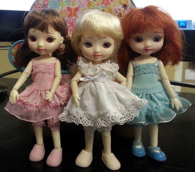 Amelia Thimble dolls