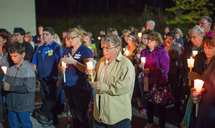 Oregon shooting occurred in state that 'actually forces colleges to allow guns' | US news | The Guardian