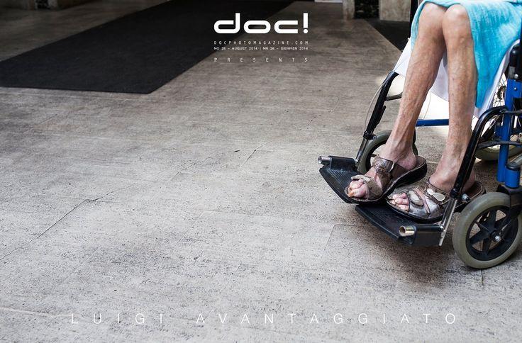 doc! photo magazine presents: Luigi Avantaggiato - THE GUEST @ doc! #26 (pp. 175-201)