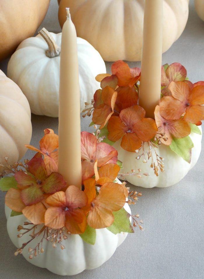 bougeoirs originaux en citrouilles blanches décorées de fleurs