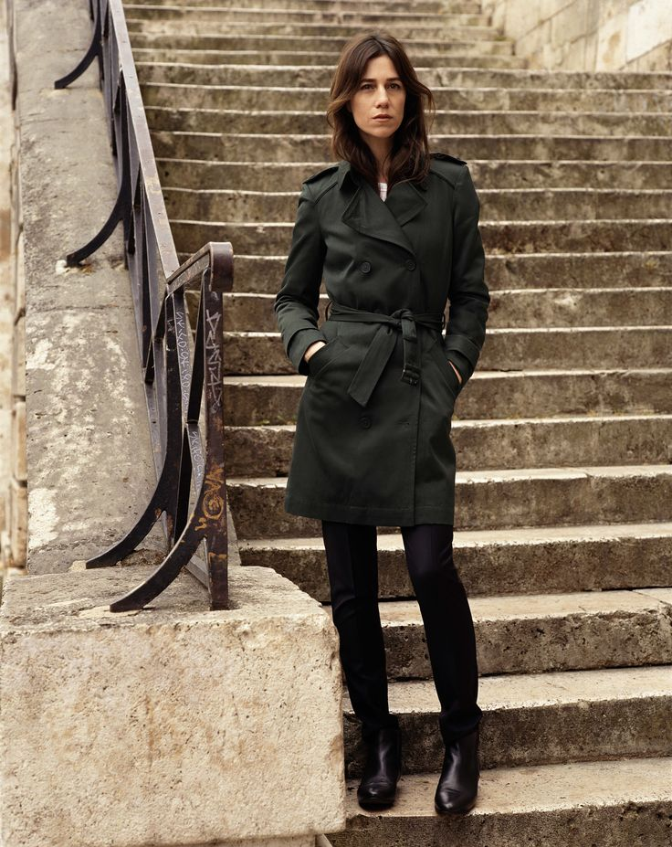 Charlotte Gainsbourg black trench