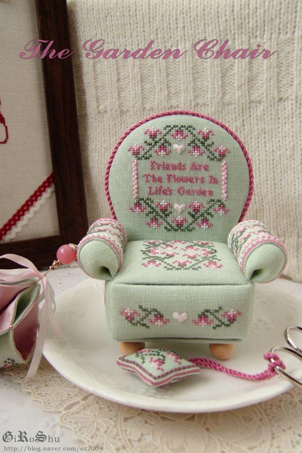 The Garden Chair  Designer / Cat's Whiskers Design Studio (Janie Hubble)  Stitch Count / -  Fabric / 32ct Belfast Linen Zweigart - Mint Green  Thread / Dinky-Dyes Silk