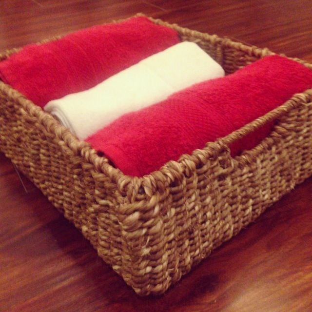 Seagrass towel basket