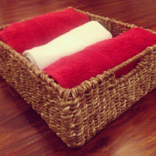 Seagrass towel basket