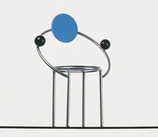 First Chair, 1983. Considered to be one of the most emblematic pieces of the Memphis design movement, this piece caused a sensation when it arrived in the United States.