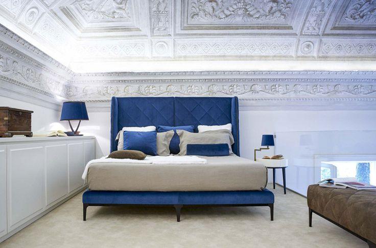 10 shades of blue | Uptown bed, Manzoni-Tapinassi, Valdichienti