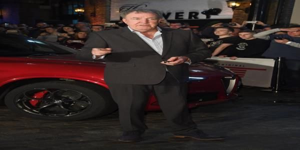 Jeremy Clarkson Claims Bbc S Top Earning Stars Deserve Their High Wages Jeremy Clarkson Bbc Jeremy