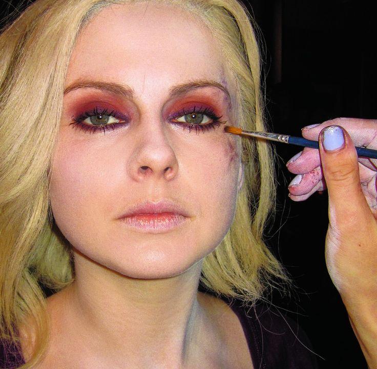 Liv Moore I Zombie eye makeup | Rose McIver, iZombie, make-up, comic con, bts