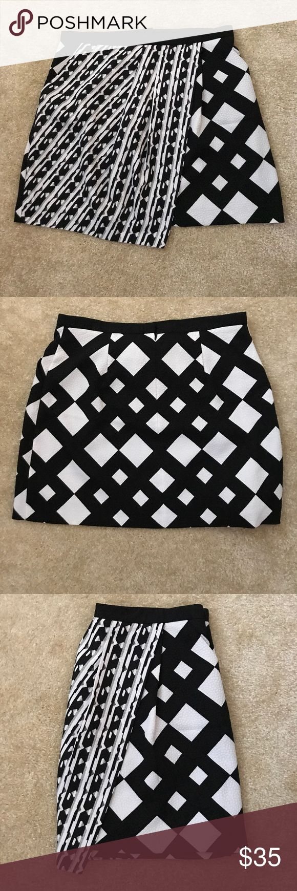 "NWOT Peter Pilotto for Target Aztec Print Skirt BRAND NEW WITHOUT TAGS, LIMITED EDITION Peter Pilotto for Target Aztec Print Skirt - Has pockets on both sides and a zipper with hook & eye closure in the back. Size 14.  34"" Waist 19"" Length (Waistband to Hem) Peter Pilotto for Target Skirts Mini"