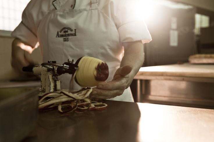 Afoi Asimakopouloi patisserie / bakery Athens , Exarcheia http://asimakopouloi.com/