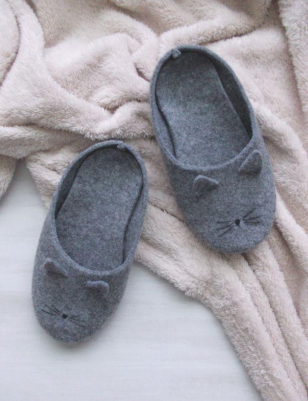 Cats on DaWanda Slippers – Cats felt slippers – a unique product by Pracownia-Uroczysko on DaWanda