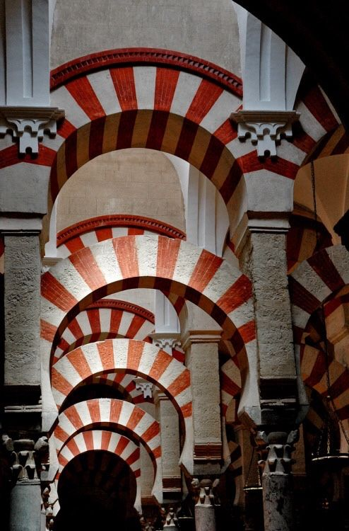 Moorish arches, Cordova, Spain (Paul Kelly - peeblespair)
