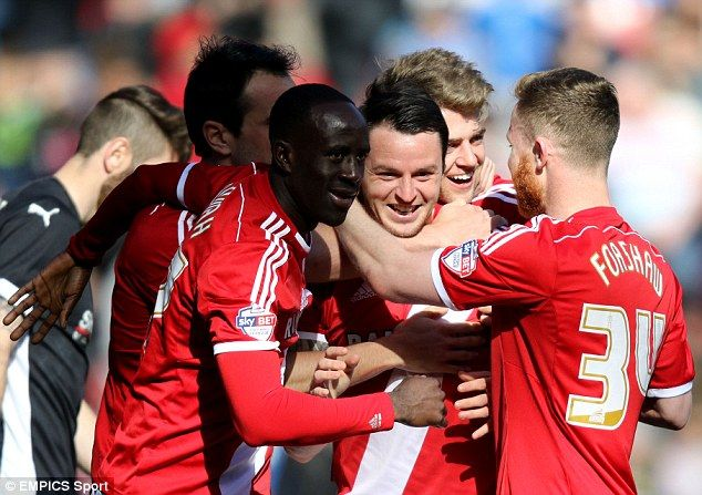 Middlesbrough forward Lee Tomlin seals 3million move to Bournemouth as Max Gradel also completes switch to Cherries