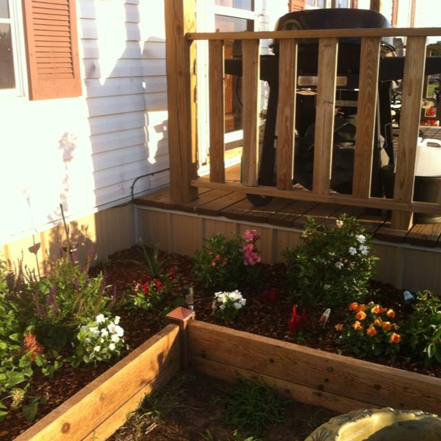 Raised flower bed gardening ideas inspiration - Raised flower garden ideas ...
