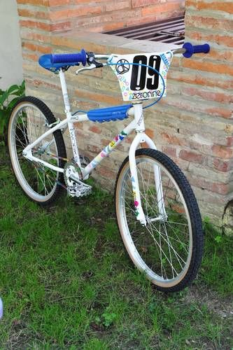 1988 Free Agent 24 - BMXmuseum.com                                                                                                                                                     Más