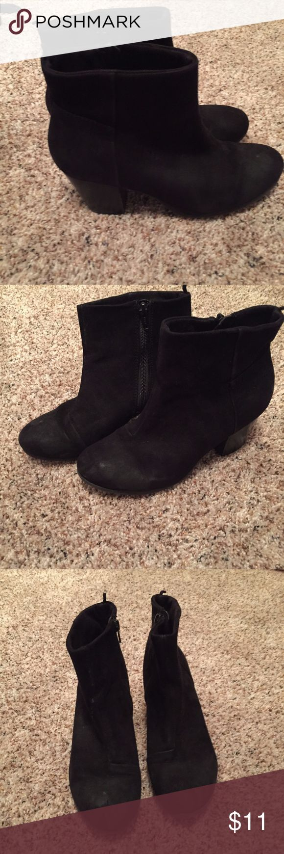 Suede Booties Old Navy Old Nacy Black Suede Boots  Heels are also boots  about 3 inches heel  Zipps on the side  Heels have a lot of scuff marks on them   ❌No Trades ✔️Offers Accepted $ Bundle and Save Old Navy Shoes Ankle Boots & Booties