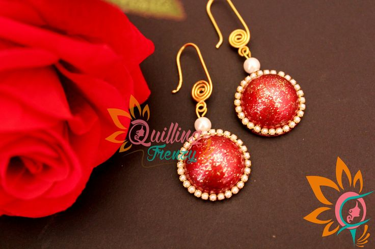 #quillingfrenzy #cabochoncraze #cabochon #red #pearl #glitter #earrings