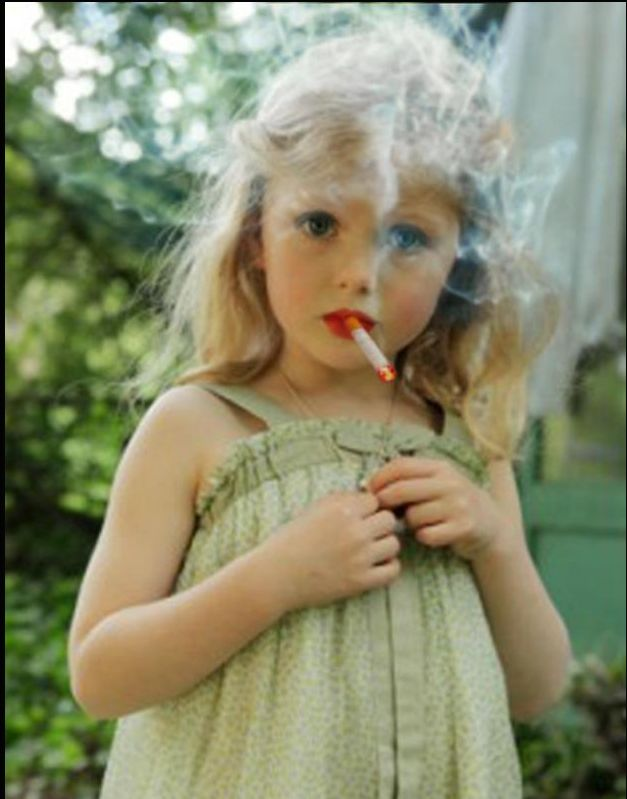 little girls smoking cigerettes