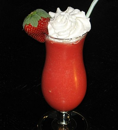 Strawberry Daiquiri | Hampton Roads Happy Hour 6.4, b.3.5