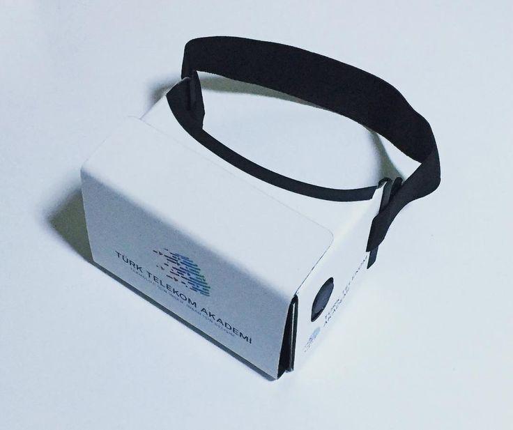 An awesome Virtual Reality pic! #TürkTelekomAkademi için www.voovrar.com tarafından tamamen yerli üretilen #Cardboard #SanalGerçeklikGözlükleri teslim edildi.  Türk Telekom 'a ilgi ve desteklerinden ötürü teşekkür ederiz. ----------------------- It was produced by www.voovrar.com for Turk Telekom Academy. Our web site is updating.  Thank you for interest and for support of Turk Telekom. >Kurumlara özel logolu cardboard sanal gerçeklik gözlükleri >Sanal Gerçeklik & Artırılmış Gerçeklik Mobil…