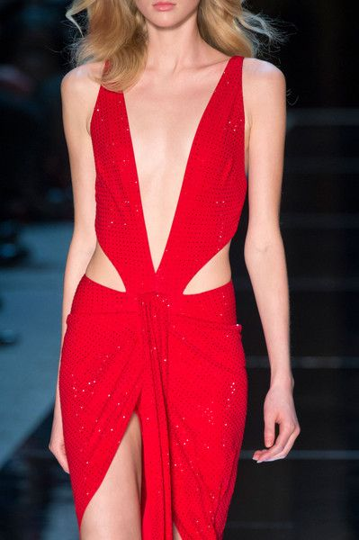 Don't Miss These Beautiful Couture Details | Alexandre Vauthier