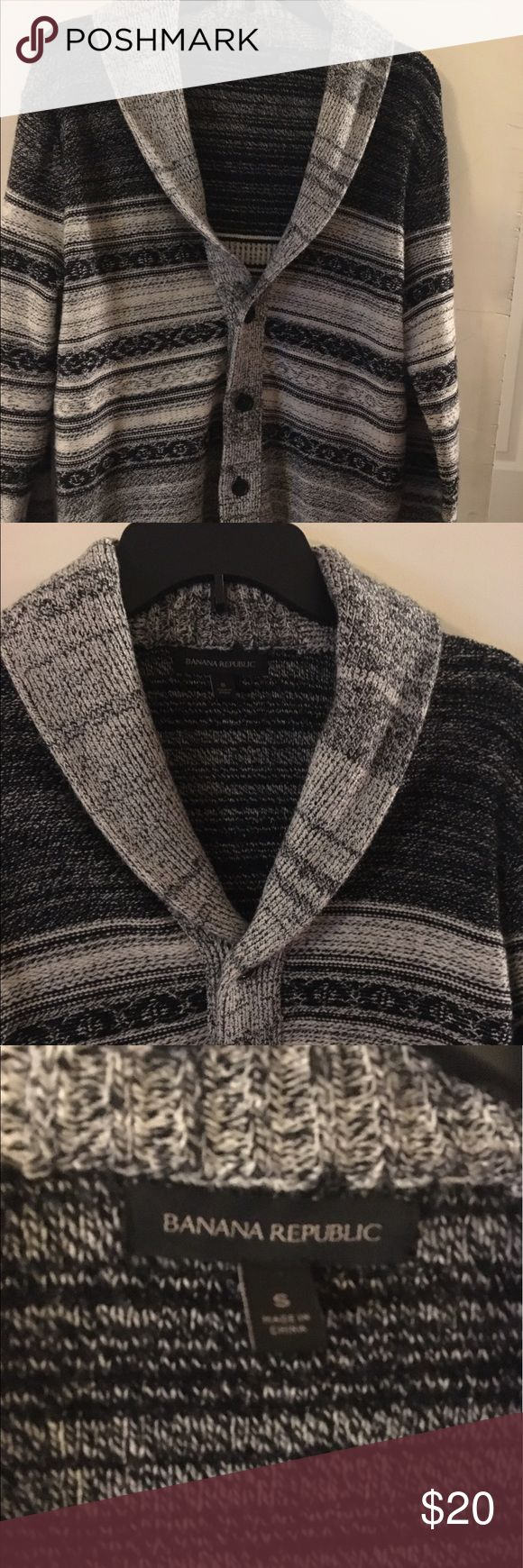 Mens Banana Republic sweater NWOT small men's sweater or M/L women's sweater. Thick and cozy, never worn. Banana Republic Sweaters Cardigan